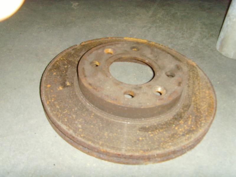 pied de table avec disque de frein de voiture Snv36111