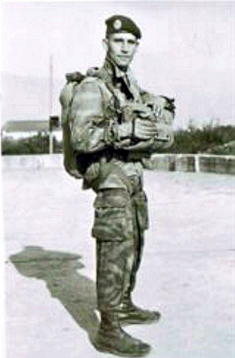 BLASENHAUER Maurice camarade de combat ancien Para d'Algérie du 3°RCP. Inhumé à tord Maurice  ne sera plus jamais dans l'oubli Blasen10