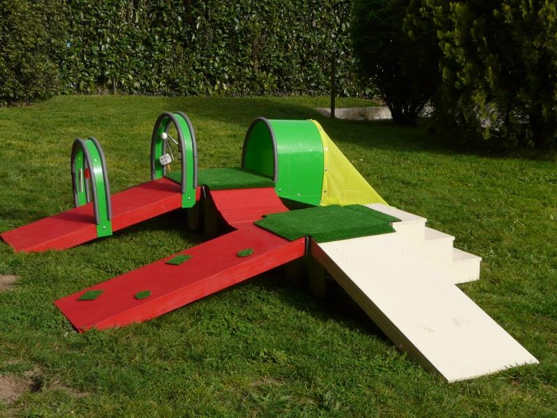 chiot - Fabricant D'obstacles d'agility--Obstacles évolutif--Agrès multi éveil chiot--PRO-- P1040017