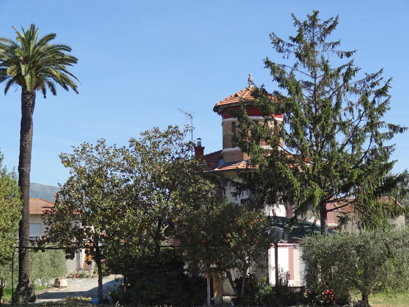 la maison du ratafia Hx9v-m10