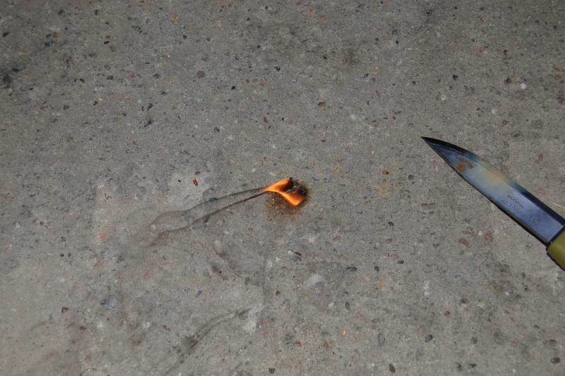 Démarrer un feu avec du vernis Dsc_5133