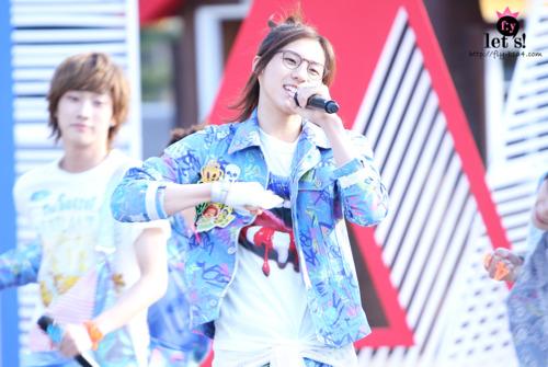 [PICS] 06.05.2011 Music Core Tumbl113