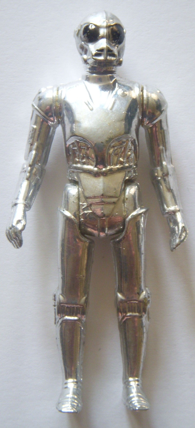 A Gold Death Star Droid, A scarred up Leia! Factory errors and other Curiosities Death_11