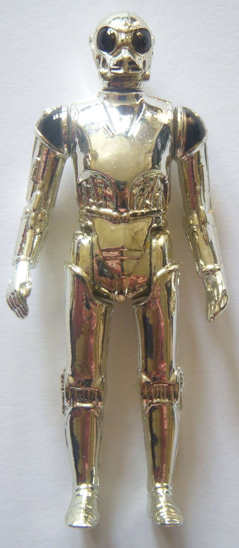 A Gold Death Star Droid, A scarred up Leia! Factory errors and other Curiosities Death_12
