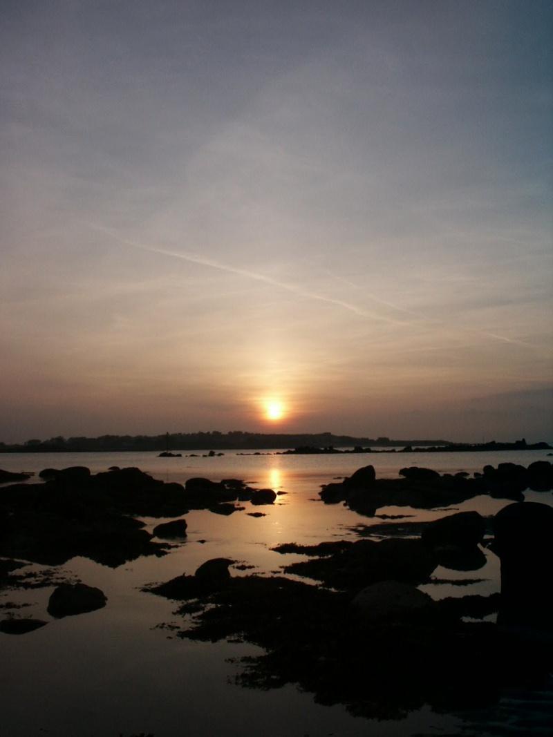 Quand le soleil descend sur la mer 27022010