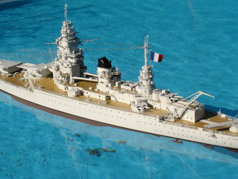 cuirassé de 26.500 tonnes DUNKERQUE  1932 - 1942 Dsc00623