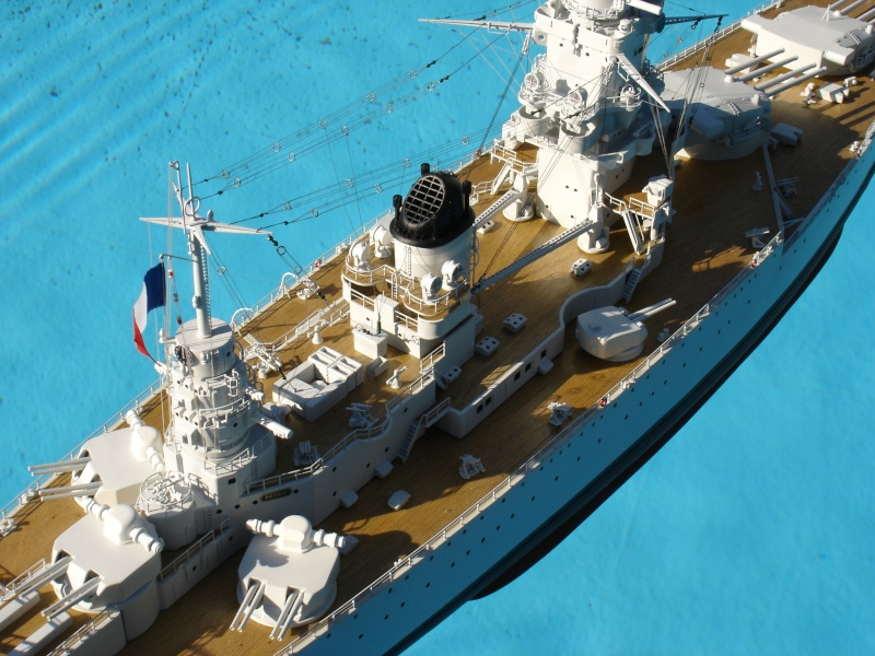 cuirassé de 26.500 tonnes DUNKERQUE  1932 - 1942 Dsc00710