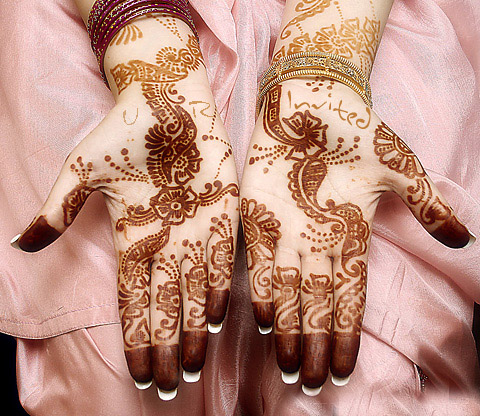 Gallery Of MEHNDI ! Best-m10