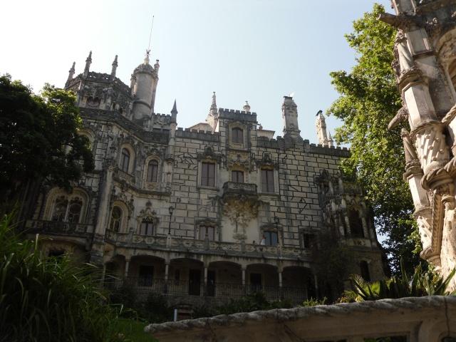 Monuments, gares, châteaux,... dans le monde Sam_0316
