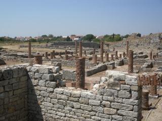 Monuments, gares, châteaux,... dans le monde Sam_0515