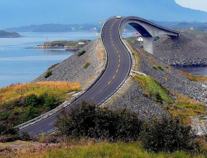 جسر النرويج المرعب 29292810