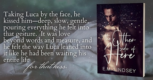 The Other Side of Here de E.M. Lindsey Bookbr11