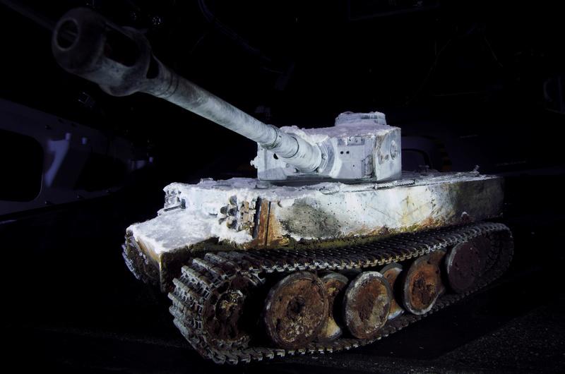 Tiger 1 early version Winter camo  001_bi10
