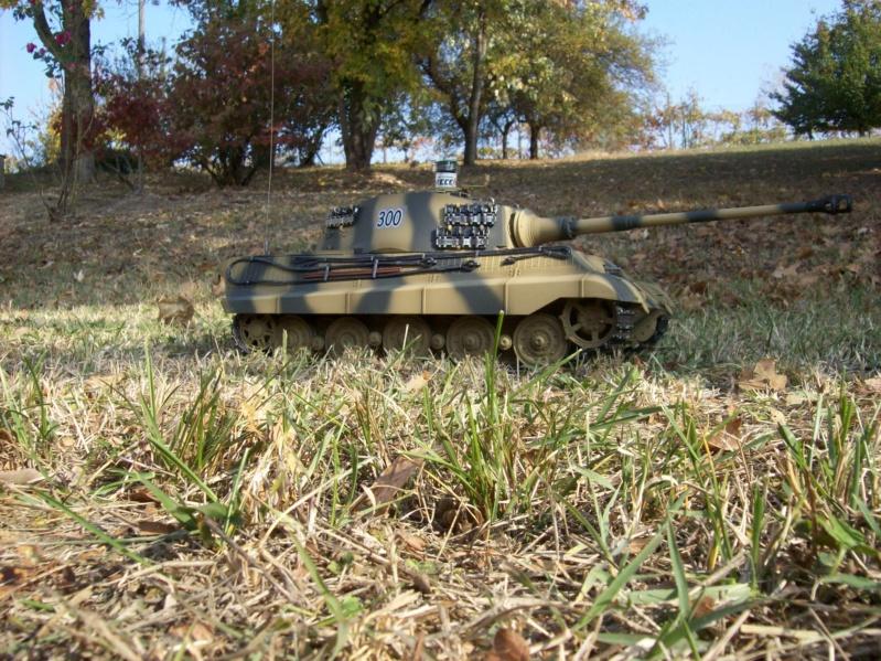 La Storia sulla diffusione dei carri armati in scala 1-16 in Italia. - Pagina 5 101_3236