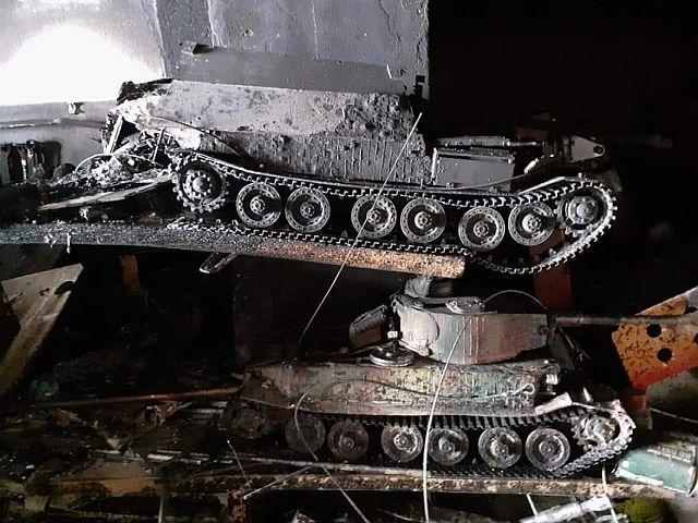 Non lasciare le batterie Lipo dentro i tank 110