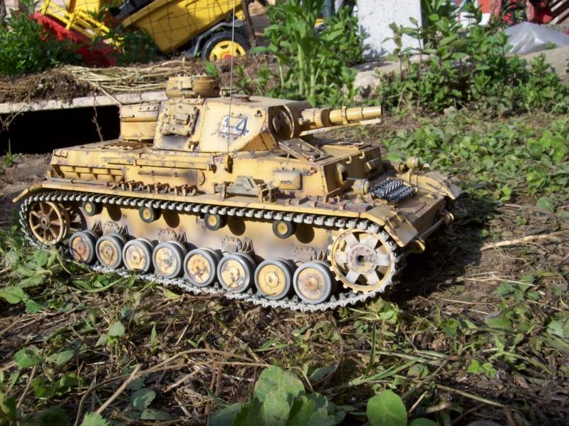 La Storia sulla diffusione dei carri armati in scala 1-16 in Italia. - Pagina 3 25533_16