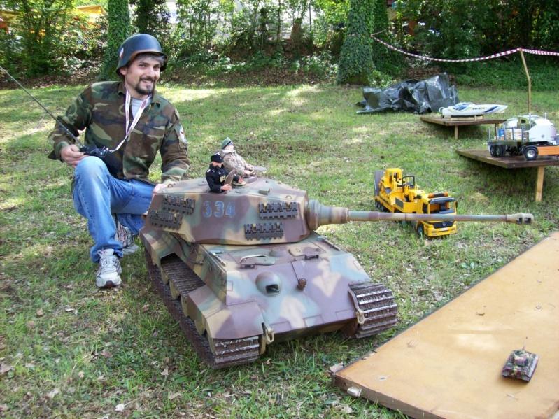 La Storia sulla diffusione dei carri armati in scala 1-16 in Italia. - Pagina 2 2553_010