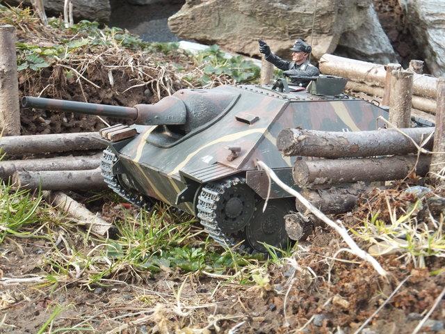 La Storia sulla diffusione dei carri armati in scala 1-16 in Italia. - Pagina 5 32067910