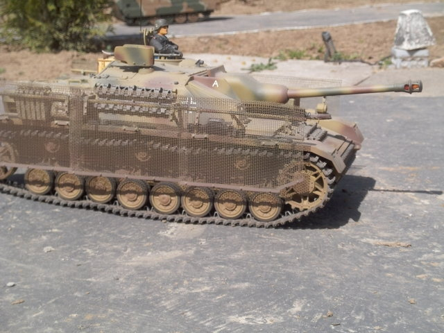 La Storia sulla diffusione dei carri armati in scala 1-16 in Italia. - Pagina 5 32343311