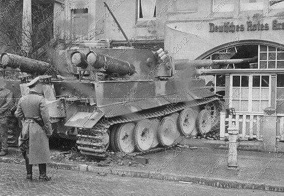 La Storia sulla diffusione dei carri armati in scala 1-16 in Italia. - Pagina 9 78847d10