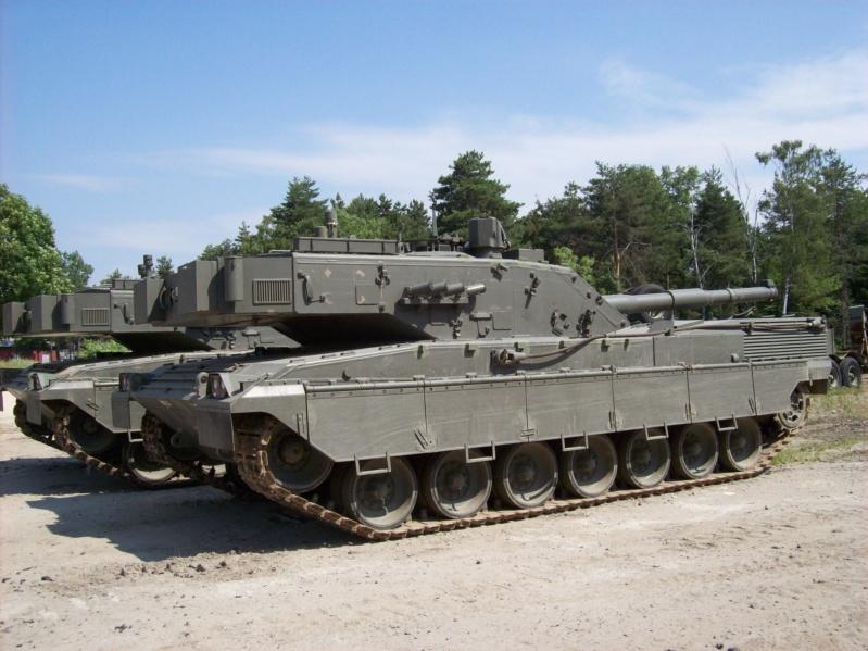 La Storia sulla diffusione dei carri armati in scala 1-16 in Italia. - Pagina 6 Bellin18