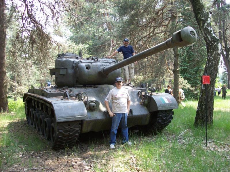 La Storia sulla diffusione dei carri armati in scala 1-16 in Italia. - Pagina 6 Bellin40