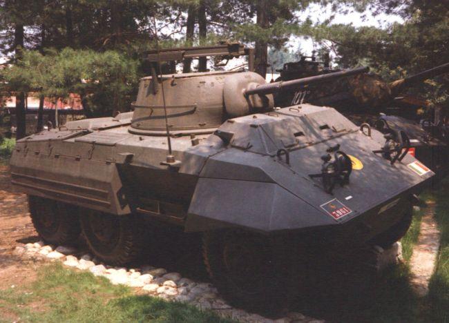La Storia sulla diffusione dei carri armati in scala 1-16 in Italia. - Pagina 6 Bellin56