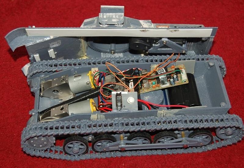 Carro armato italiano M40/75-18 - Pagina 5 Dsc_6610
