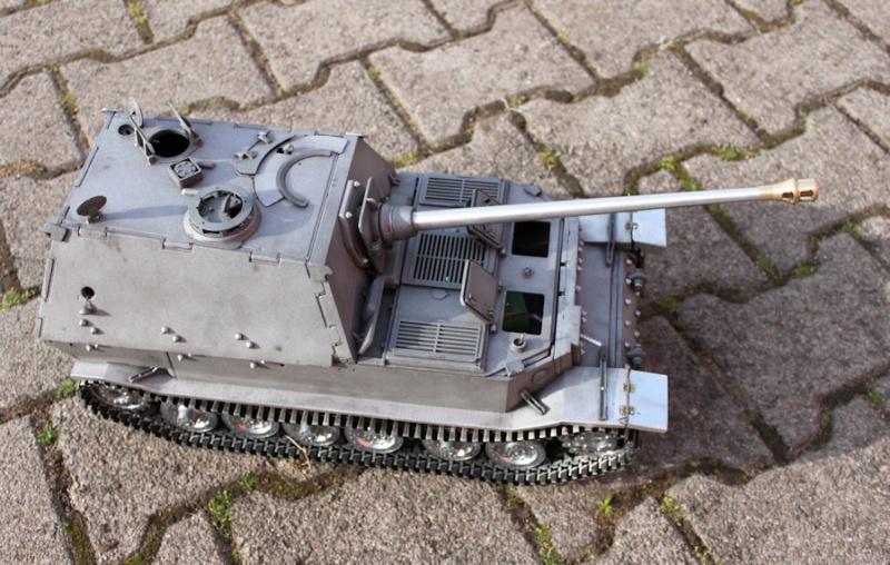 La Storia sulla diffusione dei carri armati in scala 1-16 in Italia. - Pagina 8 El-210