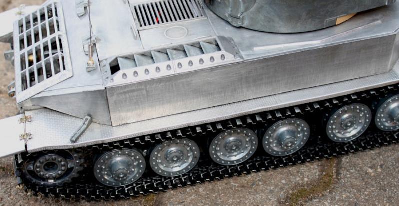 La Storia sulla diffusione dei carri armati in scala 1-16 in Italia. - Pagina 8 Ele_p210