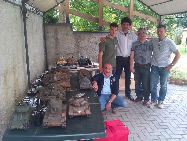 La Storia sulla diffusione dei carri armati in scala 1-16 in Italia. - Pagina 3 Foto1010