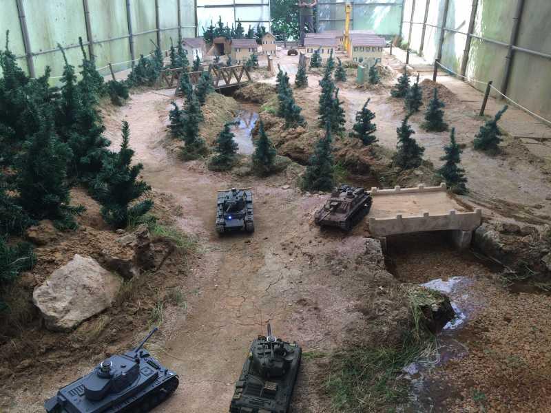 La Storia sulla diffusione dei carri armati in scala 1-16 in Italia. - Pagina 5 Img_9010