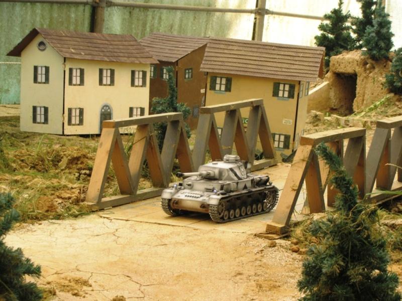 La Storia sulla diffusione dei carri armati in scala 1-16 in Italia. - Pagina 5 Jafn7b10