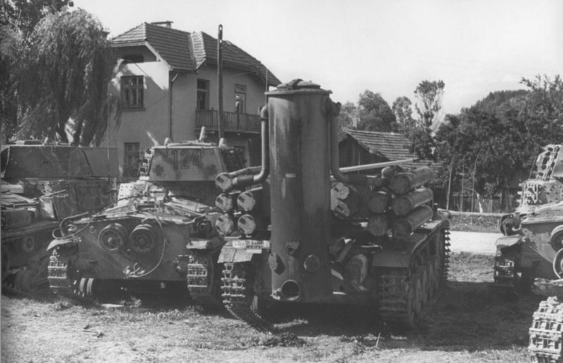 La Storia sulla diffusione dei carri armati in scala 1-16 in Italia. - Pagina 9 M15-4210