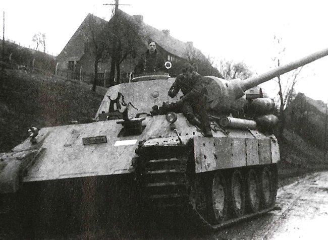 La Storia sulla diffusione dei carri armati in scala 1-16 in Italia. - Pagina 9 Tank-s10