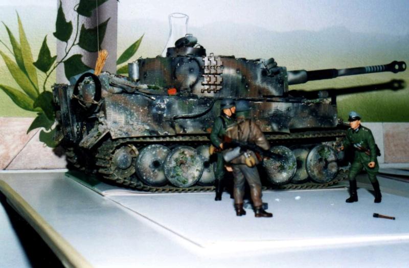 La Storia sulla diffusione dei carri armati in scala 1-16 in Italia. - Pagina 10 Tigre010