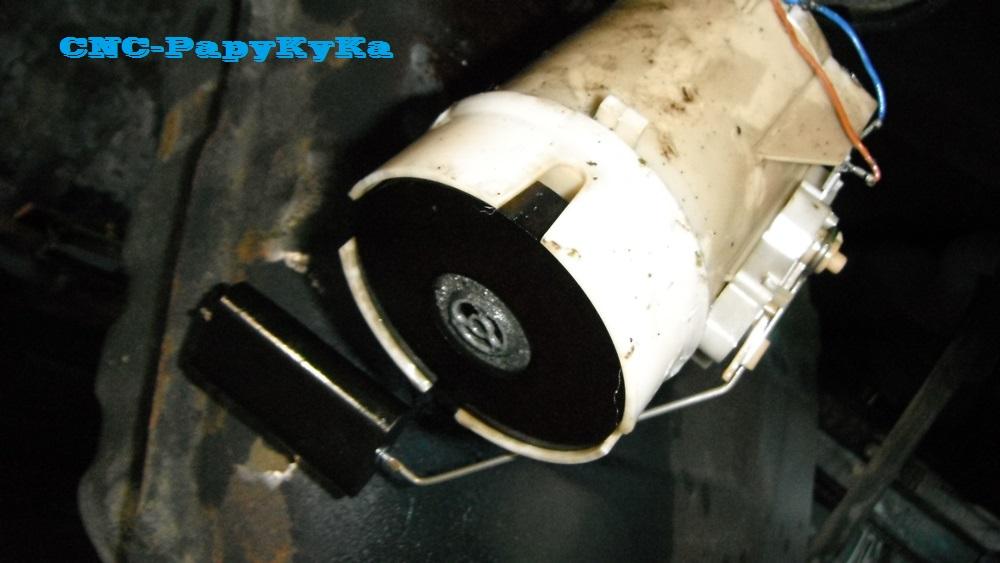 Probleme Indication jauge de carburant  Dscf1615