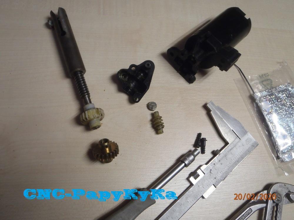 PapyKy, Répare le motoreducteur de siège électrique S4. P2201310