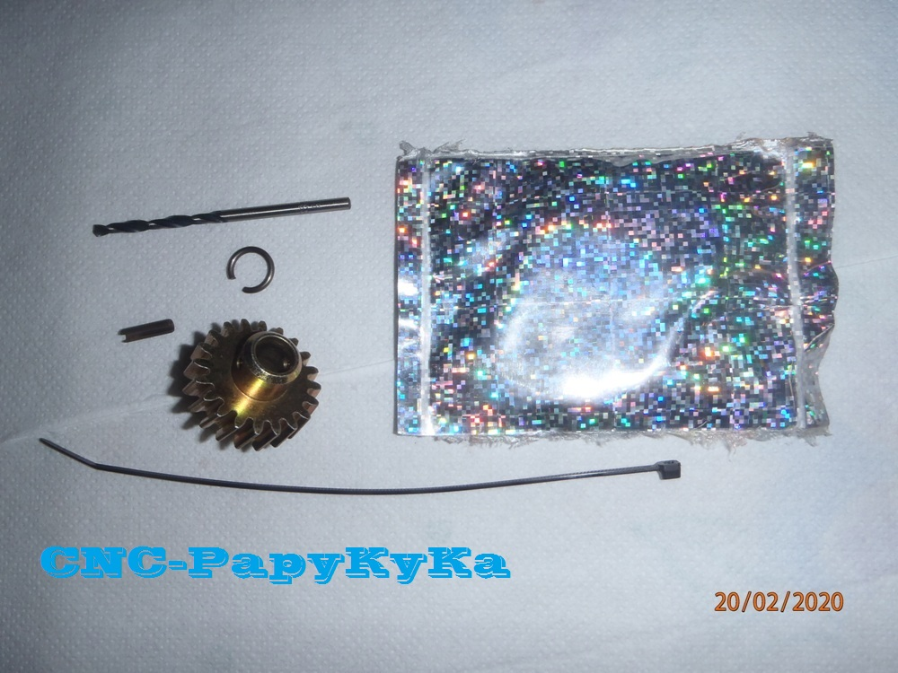 PapyKy, Répare le motoreducteur de siège électrique S4. P2201312