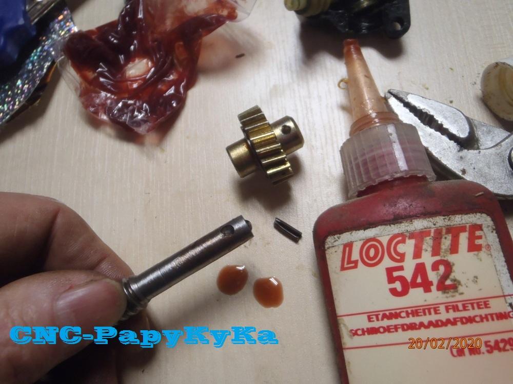 PapyKy, Répare le motoreducteur de siège électrique S4. P2201328