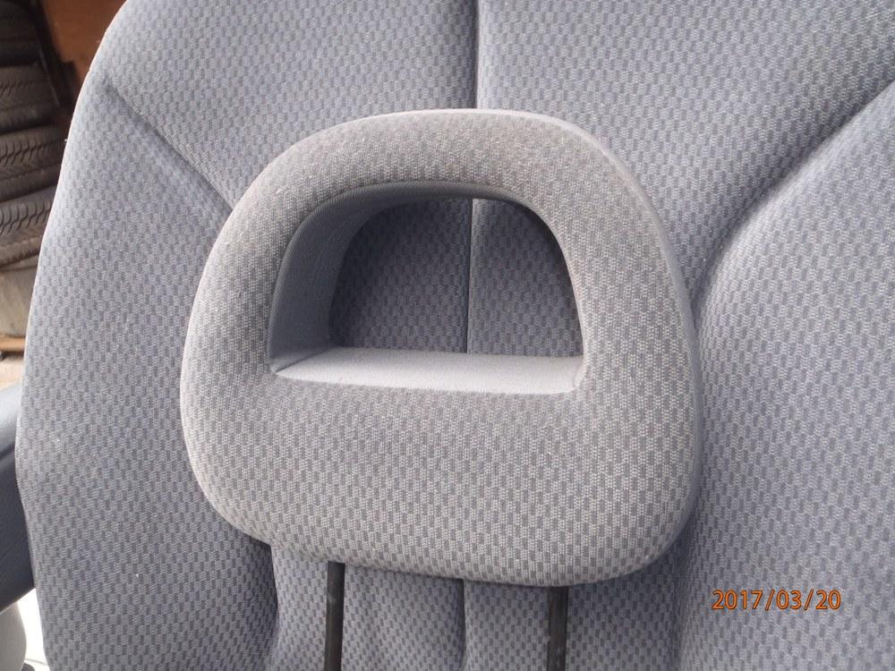 PapyKy, Vend deux sièges centrale et vide poche S4 de 2004 en tissu gris. - Page 2 P3200012