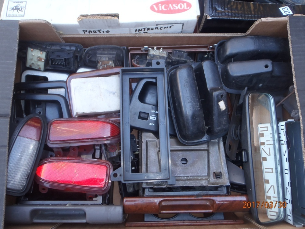 """boite """"vide-poche"""" et cendrier P3300018"""