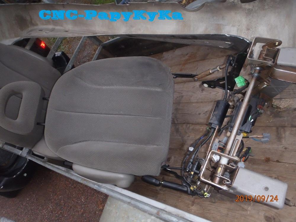 PapyKy, Répare le motoreducteur de siège électrique S4. P9241115