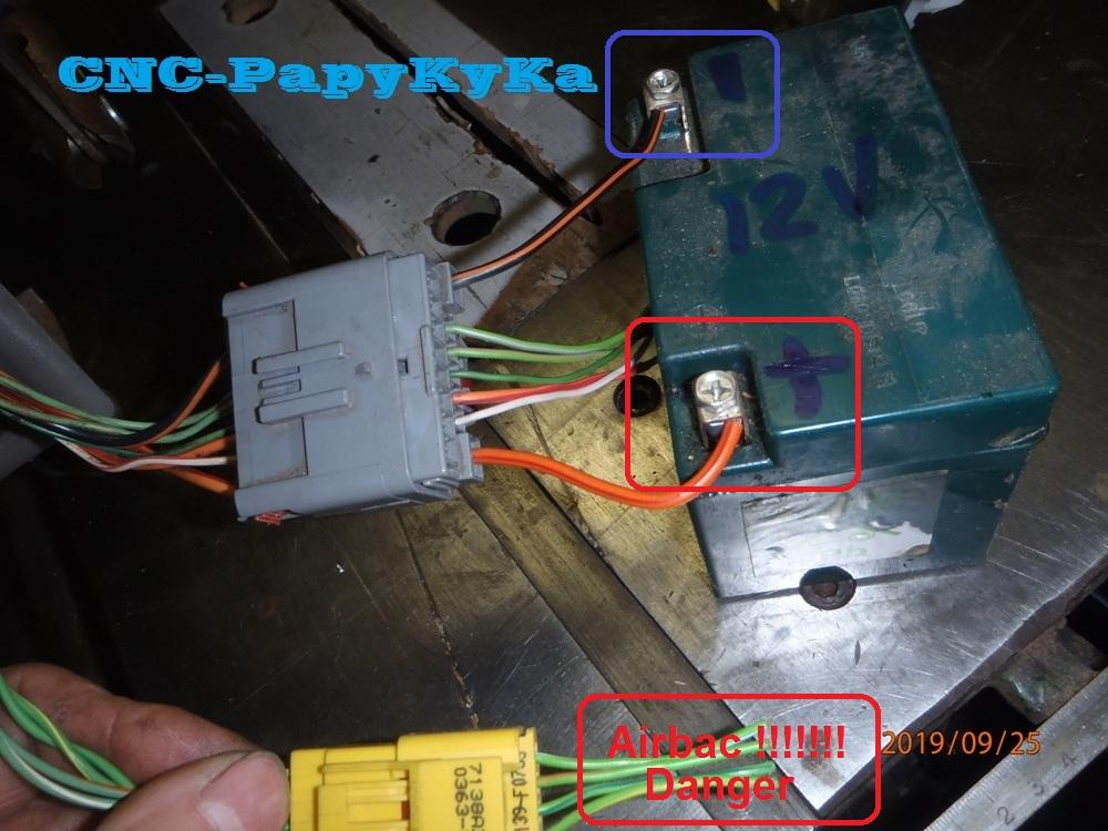 PapyKy, Répare le motoreducteur de siège électrique S4. P9251122