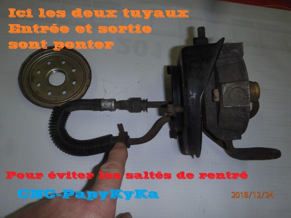 PapyKy a démonter un filtre a carburant diesel S2 Pc240412