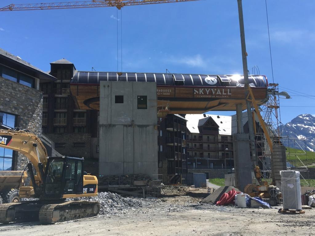 Construction Télécabine débrayable 10 places (TCD10) Peyragudes - Loudenvielle - Page 4 593be110