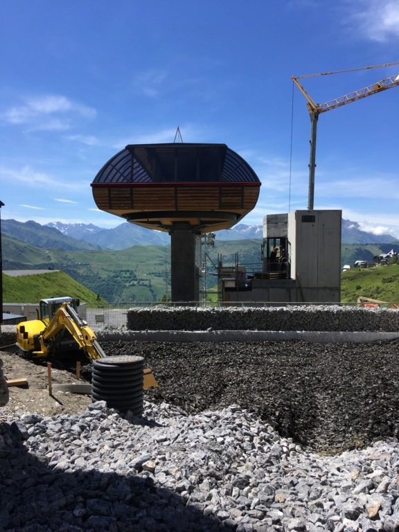 Construction Télécabine débrayable 10 places (TCD10) Peyragudes - Loudenvielle - Page 4 6785dc10