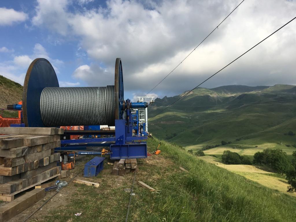 Construction Télécabine débrayable 10 places (TCD10) Peyragudes - Loudenvielle - Page 4 98921010