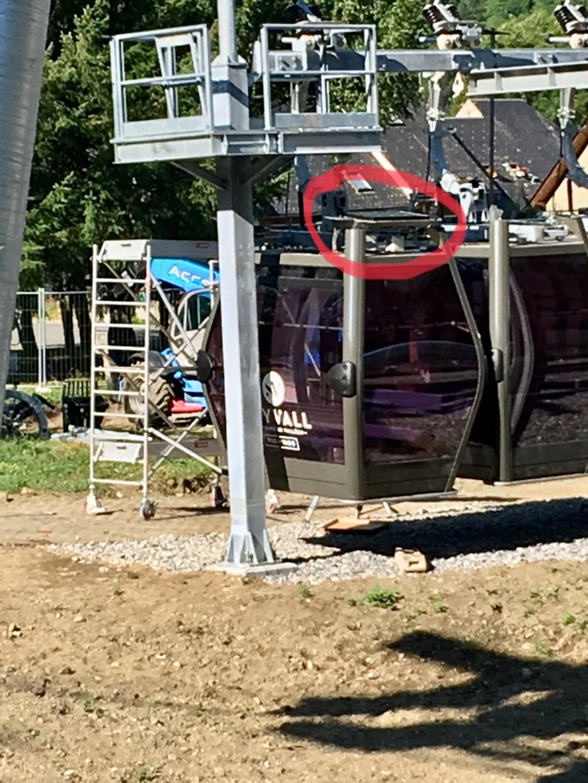 Construction Télécabine débrayable 10 places (TCD10) Peyragudes - Loudenvielle - Page 4 A8588010