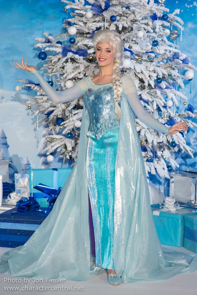 Célébration de la Reine des Neiges (du 11 janvier au 13 mars 2020) - Page 5 5547fb10